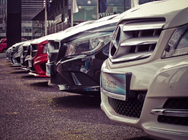 Become a Top Car Dealer in John Adams San Diego with These Tips