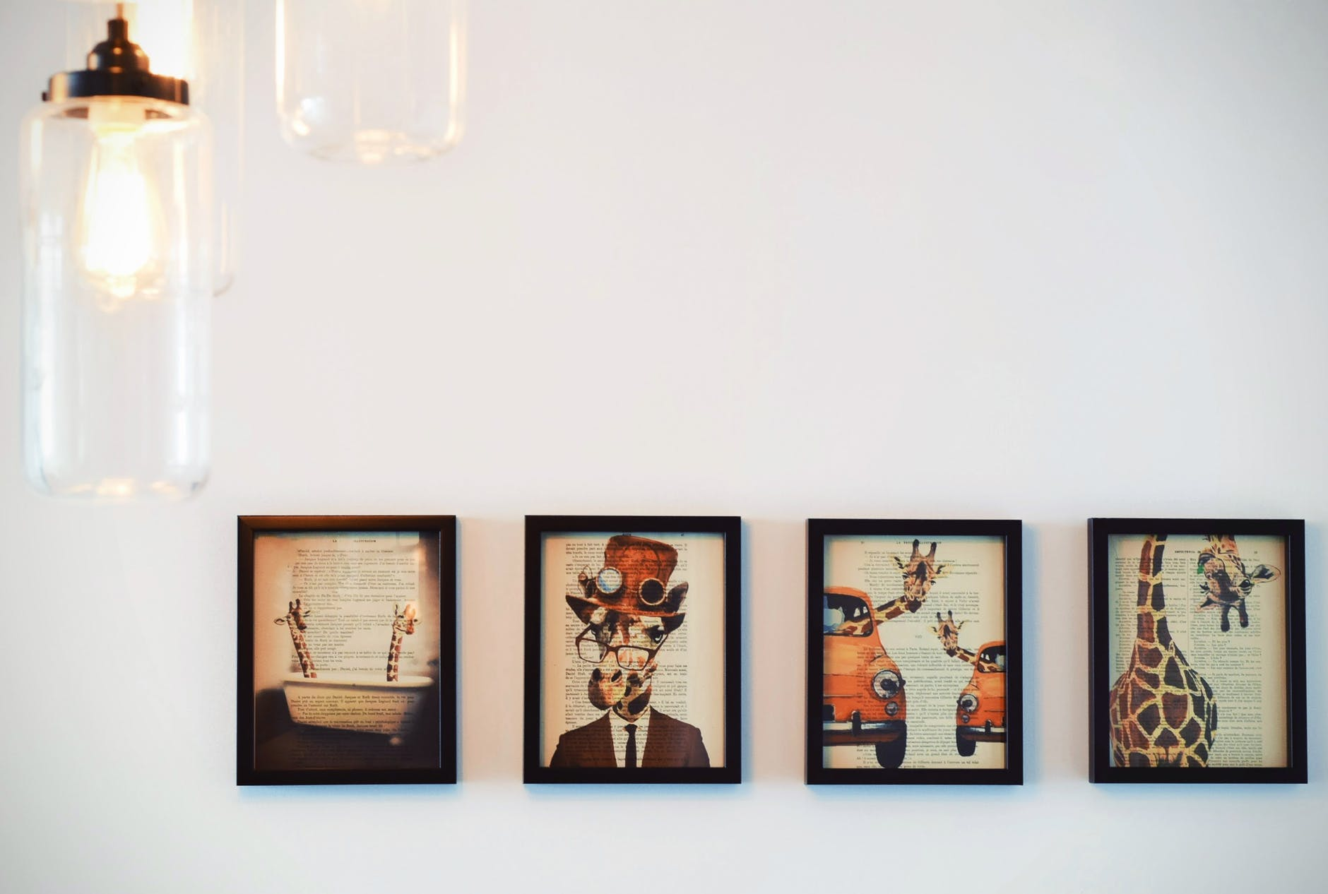 How to Easily Pick The Right Picture Racks for Art Galleries