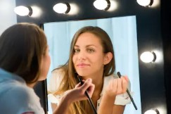Know More About the Best Vanity Makeup Mirrors with Lights