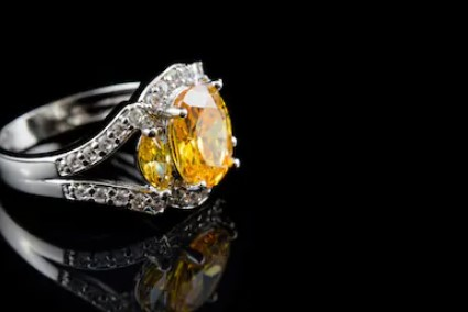 Yellow Stone Diamond Engagement Ring; What You Need to Get for Your Partner