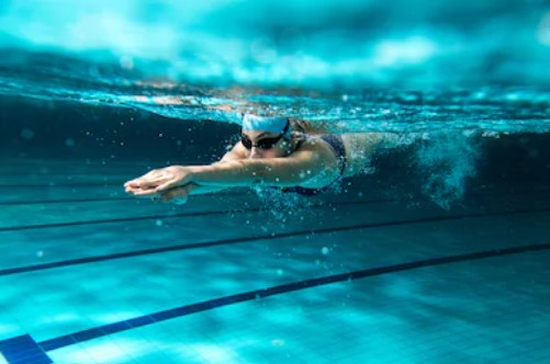 Qualities of a Good Swimming Costume for Racing