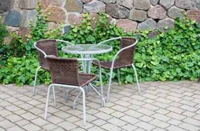 Benefits of Metal Outdoor Furniture