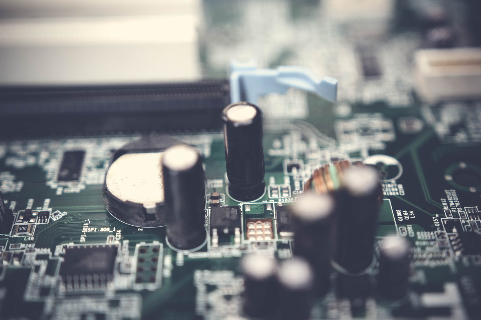 Important Points to Buy Electronic components from China Your Need to Know
