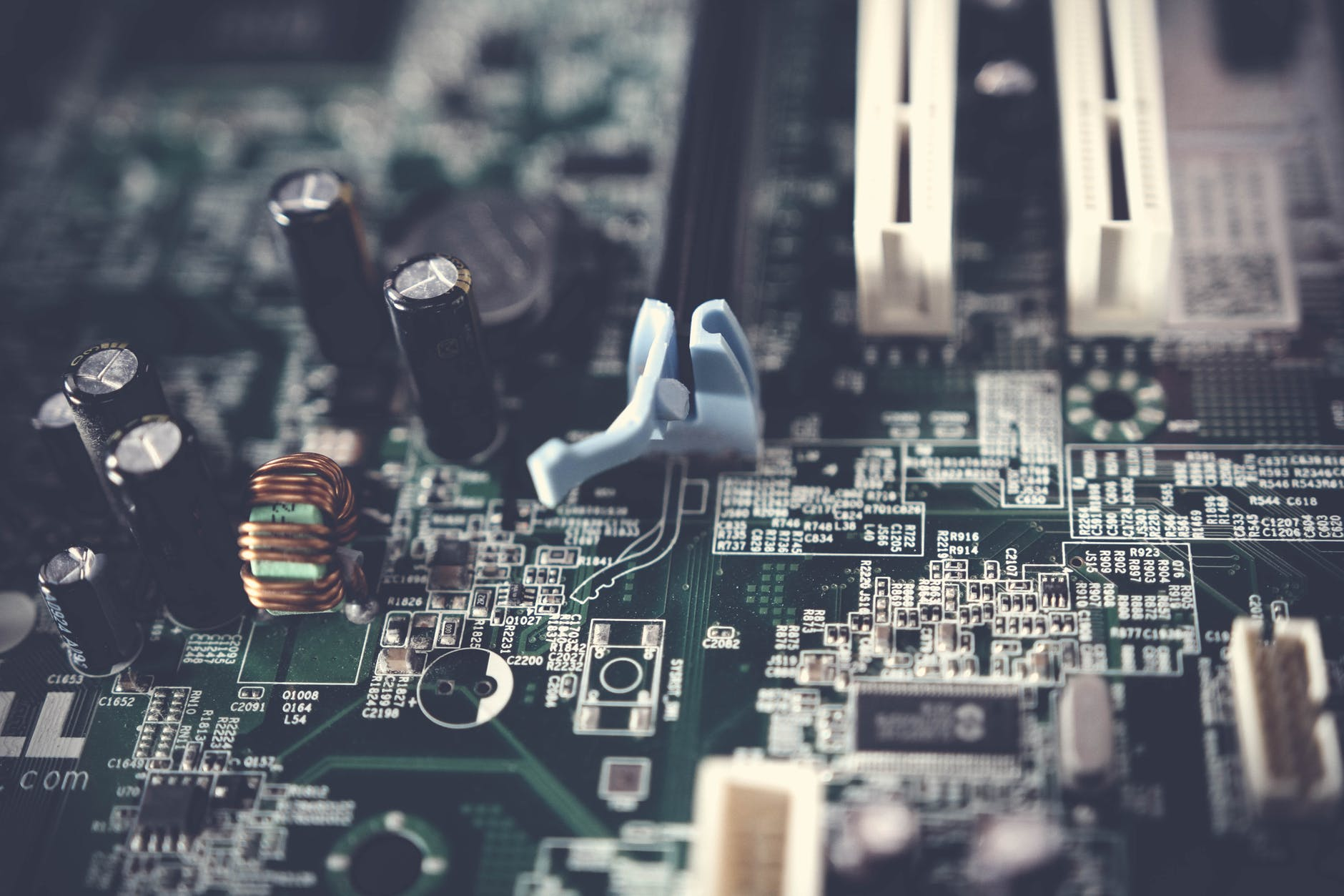 Why Allchips Electronic Components Online Website Very Hot in India?