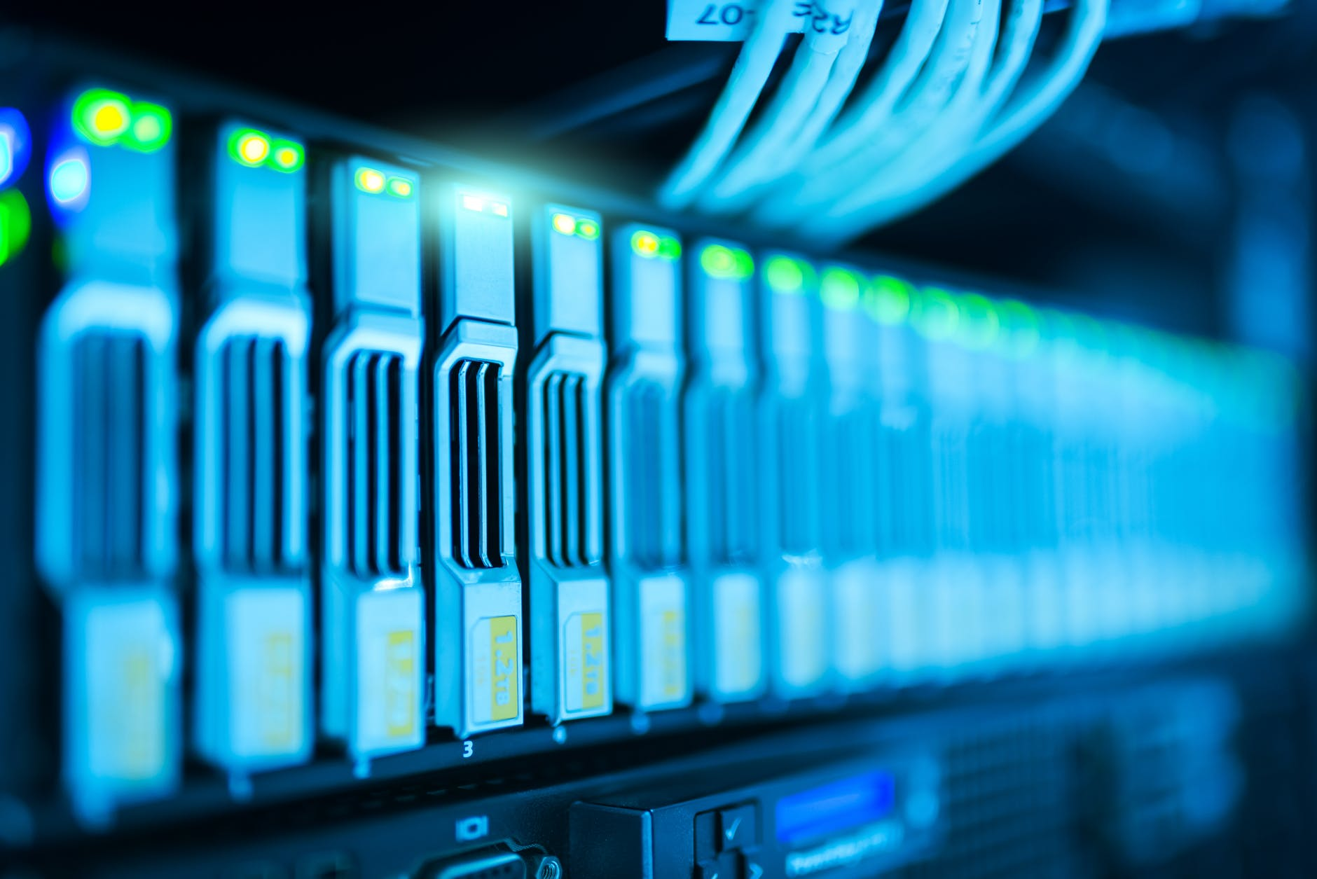 Get High Quality Level Managed Dedicated Servers at Dubai Net Solutions
