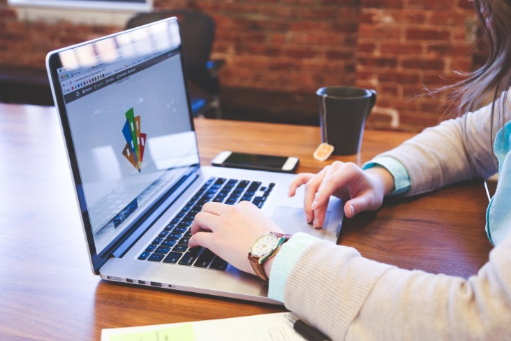 Offering Graphic Designer Jobs? Here are Some Tips for You
