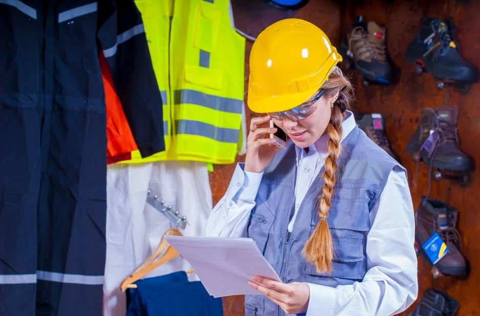 Industrial Clothing Needed by Workers in Industrial Environments