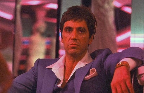 A Review of the Movie Scarface (1983)
