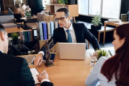 How to Identify the Best Law Firm to Help You with a Divorce