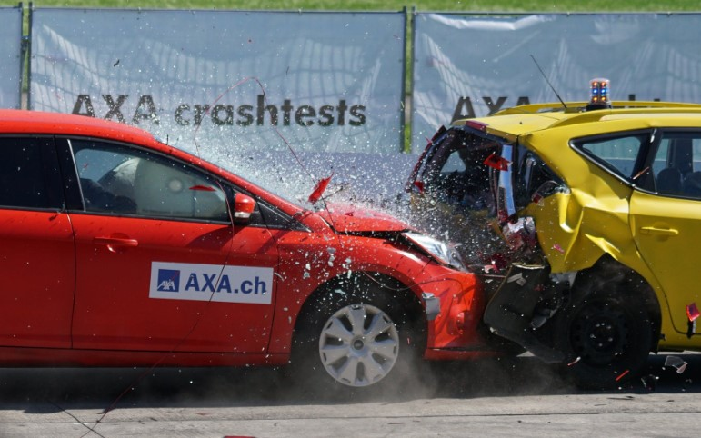 Difference Between A Truck Accident and An Automobile Accident